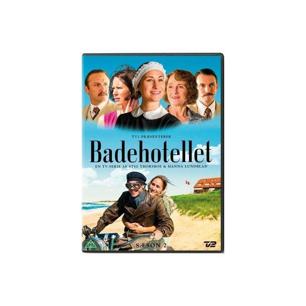 BADEHOTELLET SÆSON 2 på DVD