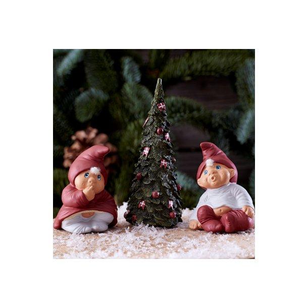 Klarborg Nisser Nicolai og Maja med juletræ, 16 cm.